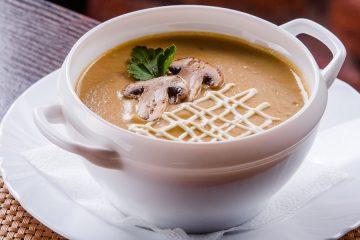 Суп-пюре картофельный со свежими шампиньонами